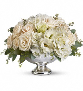 christmas wedding flowers resized 600