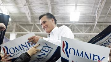 romney 2012 blog photo mitt supporters rally signs resized 600
