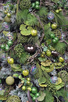 woodland christmas tree theme