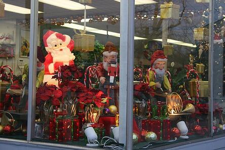 CHRISTMAS_WINDOW_FLORIST