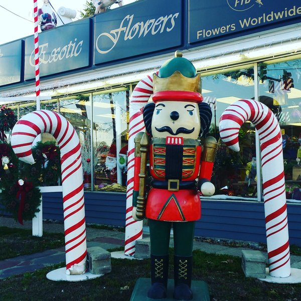 CHRISTMAS_FLORIST_BOSTON.jpg