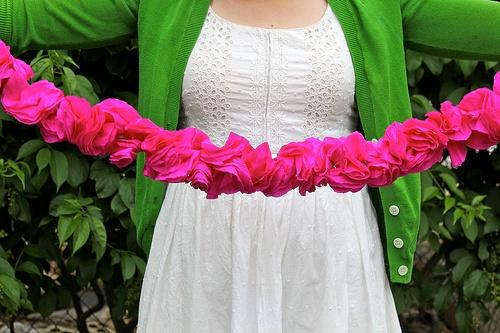 Paper-Flower-Garland-1.jpg