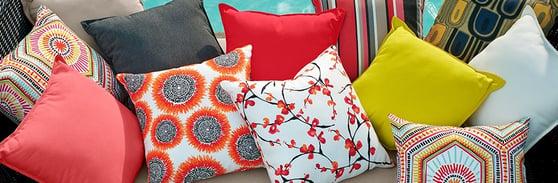 PillowsRedGr_SpllBnnr_ORVXS15