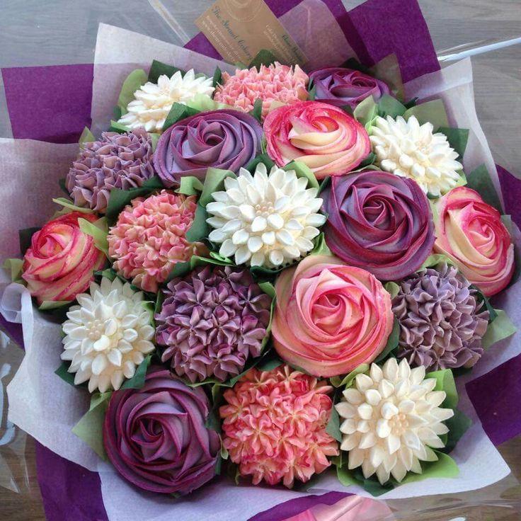 floral cake.jpg