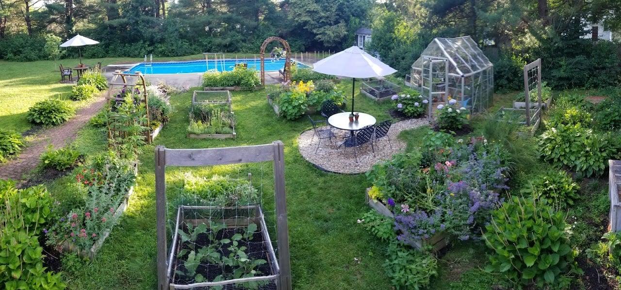 garden suzie canale