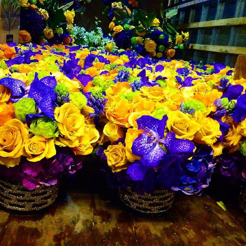golden_globe_flowers_2016.png