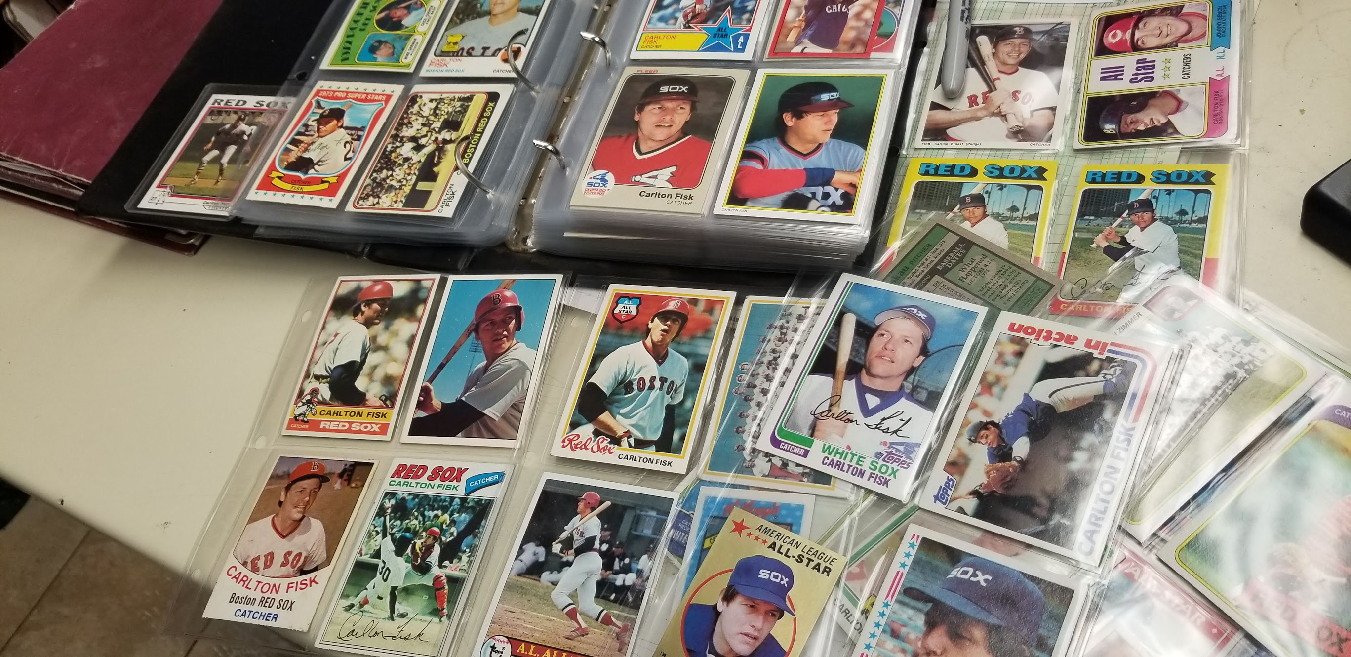 Carlton Fisk baseball cards